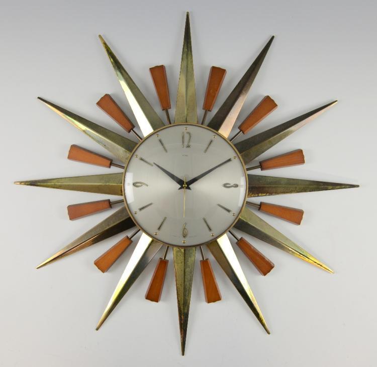 Mid century sunburst wall clock by Metamec, dial 2