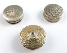 George III silver circular pill box with bright cu