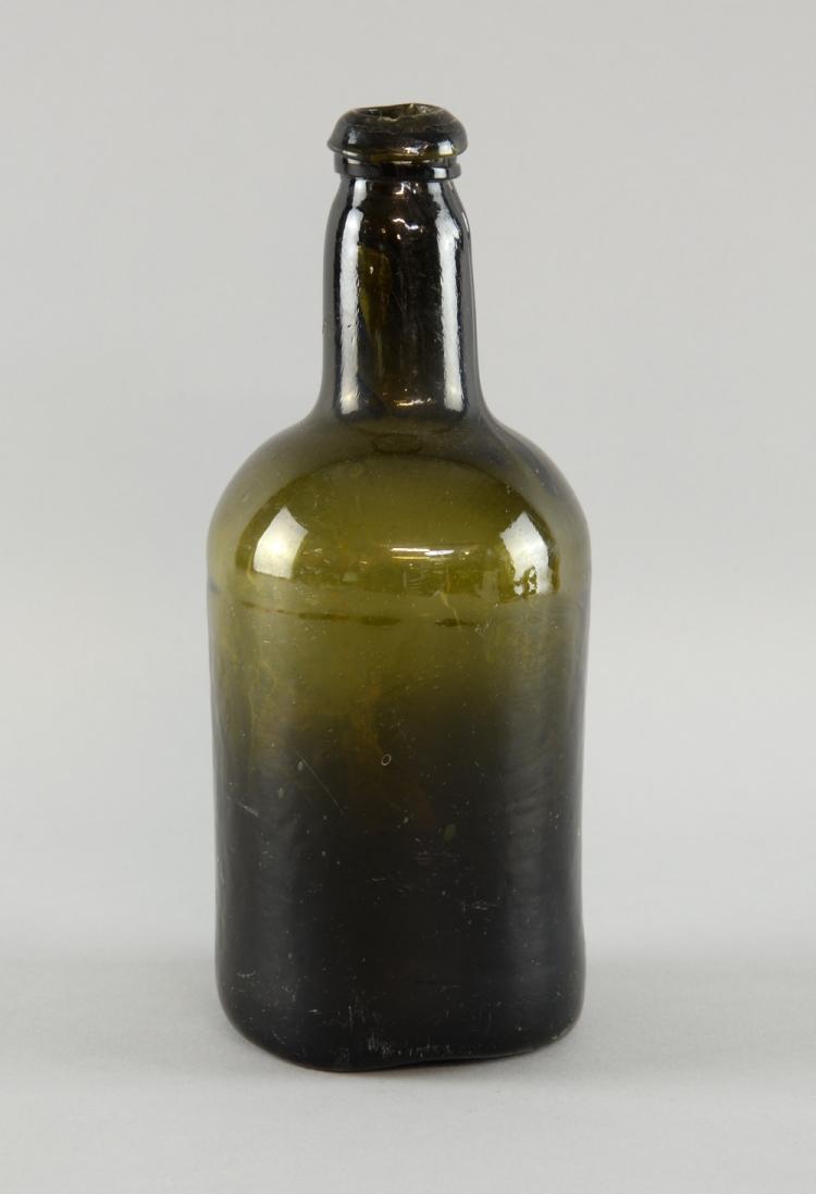 18th century green glass wine bottle 25cm for Green wine bottles