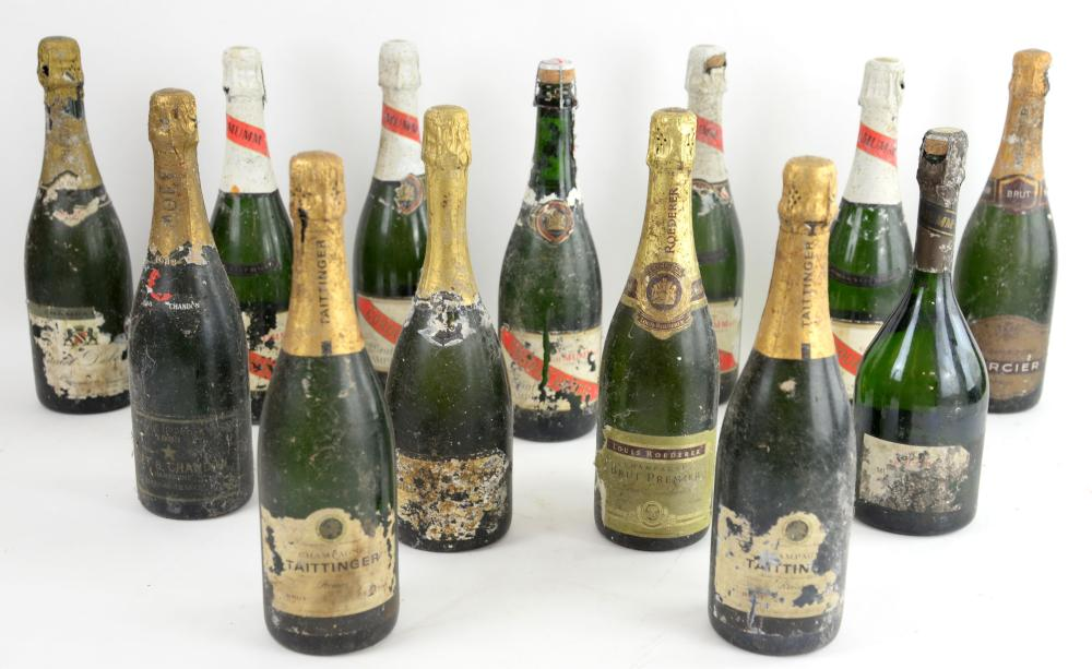 Thirteen bottles of Champagne to include: five bot