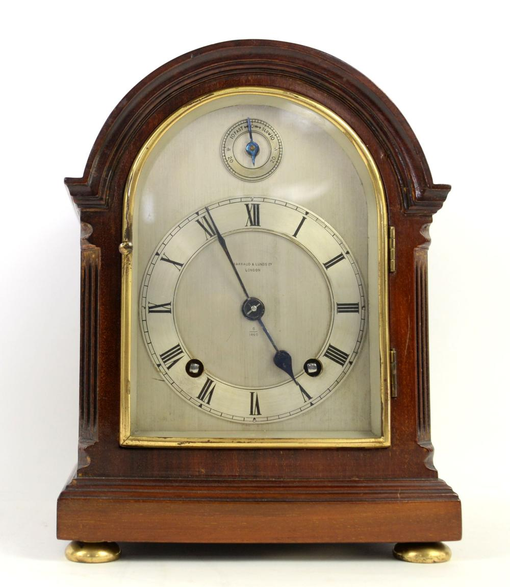 Early 20th century mahogany cased mantle clock wit