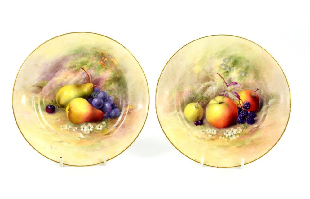 Royal Worcester pair of cabinet plates painted wit