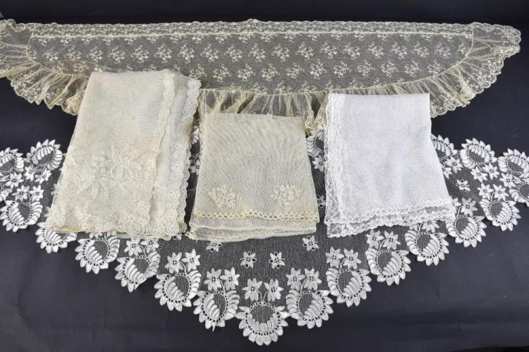 Regency  bonnet veil, with design of strawberries