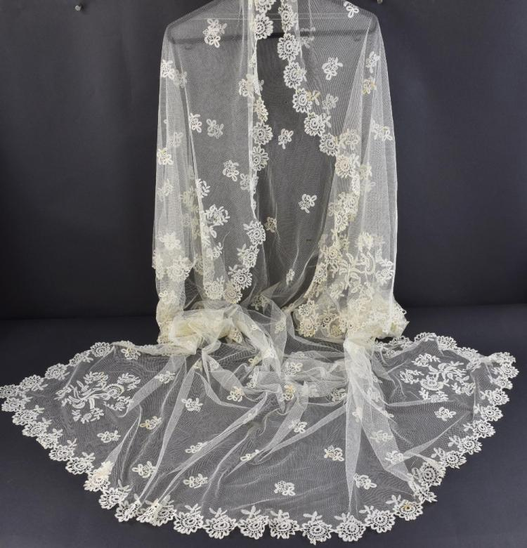 Victorian Honiton lace wedding veil, each corner