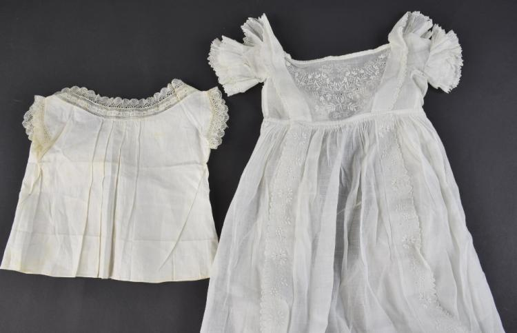 A baby's chemise, late 18th to early 19th C, with