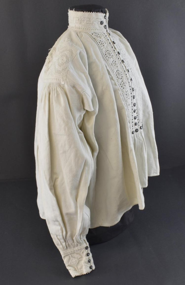 Hungarian peasant shirt of white linen with open
