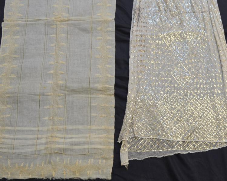 Assuit shawl shawl of folded sections of silver on