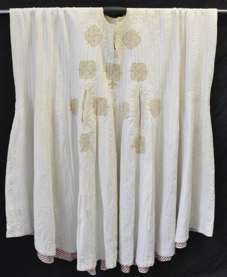 Phiran robe, embroidered with everlasting knot mot