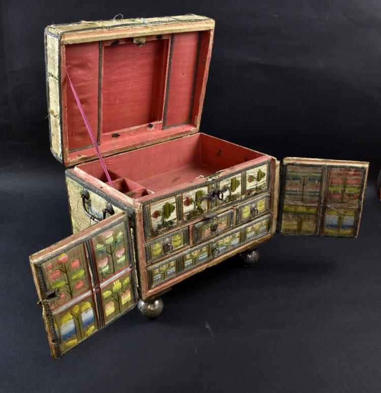 Charles II travelling casket with lift up lid and