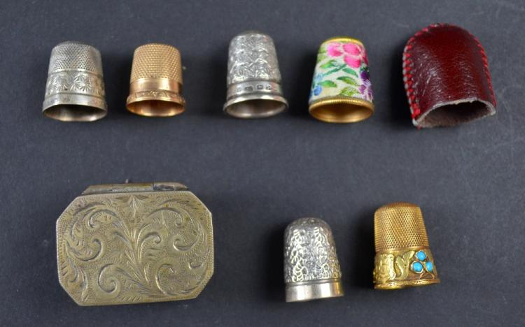 Gold and turquoise set thimble 19th C, an American