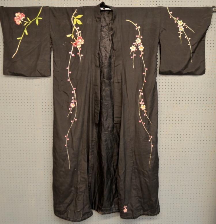 1920's  silk kimono style robe with polychrome emb