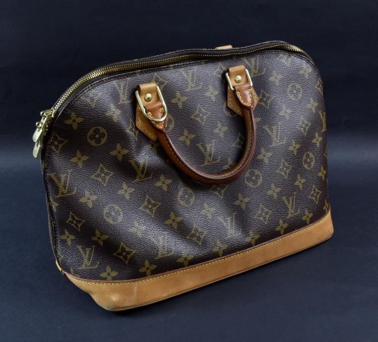 Louis Vuitton Alma Monogram handbag, canvas and le