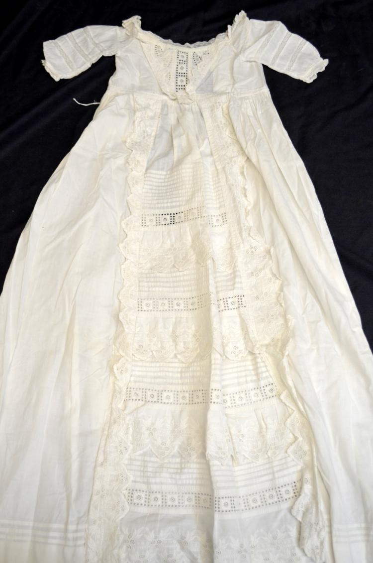 Edwardian girls dress with smocking, Victorian cor