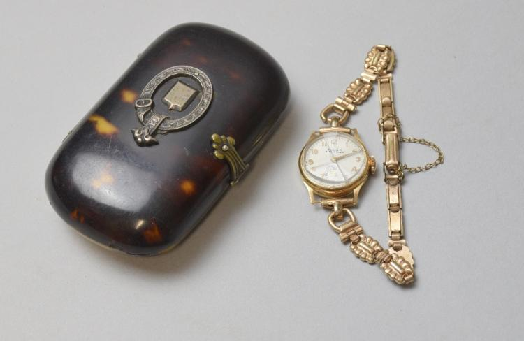 Victorian tortoiseshell purse with silver mount, a