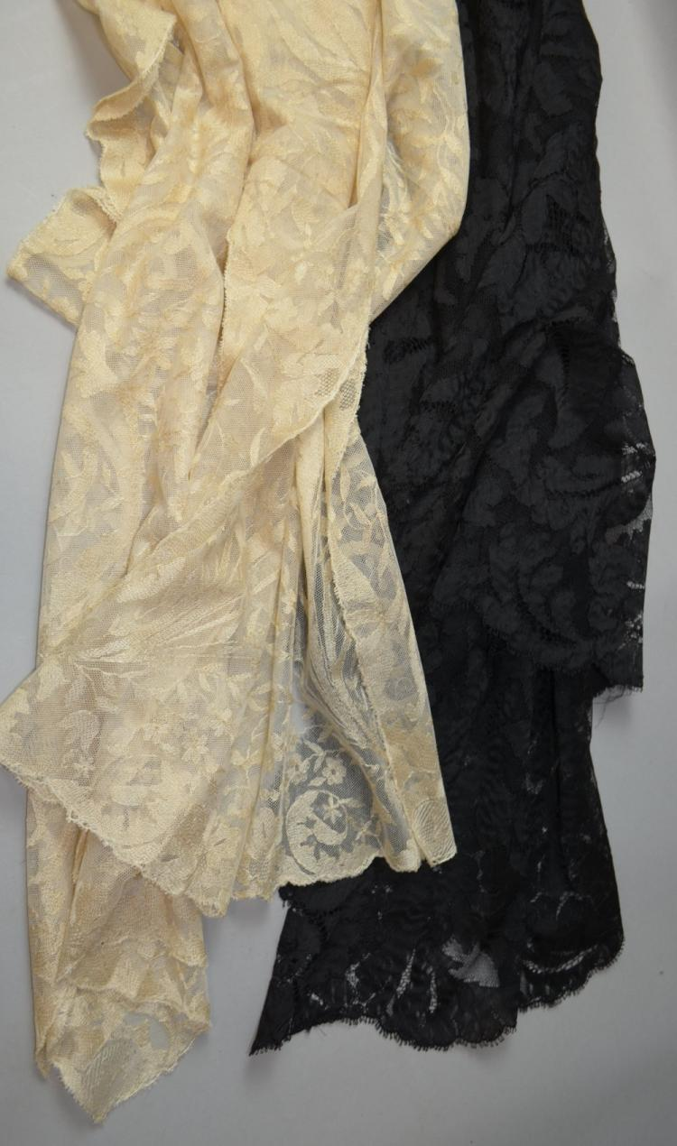 Two early 20th C lace stoles, one cream with Art N
