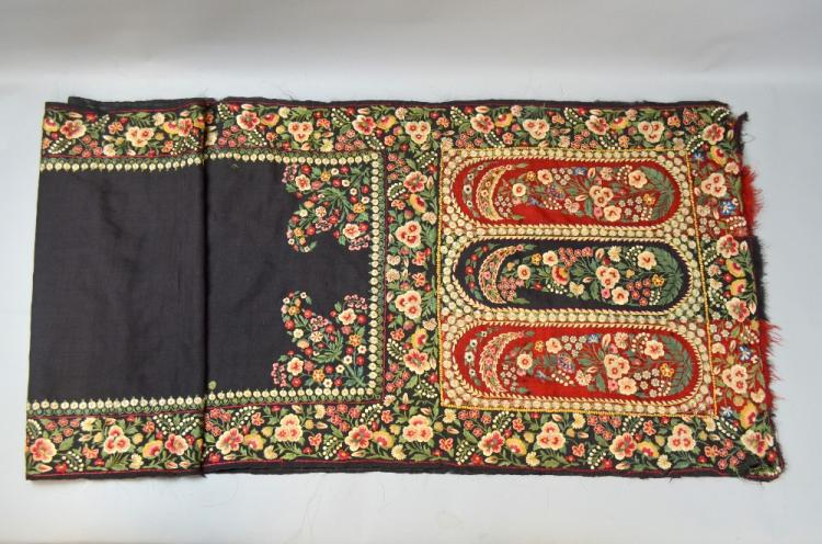 19th C Indian shawl, with panels and borders profu