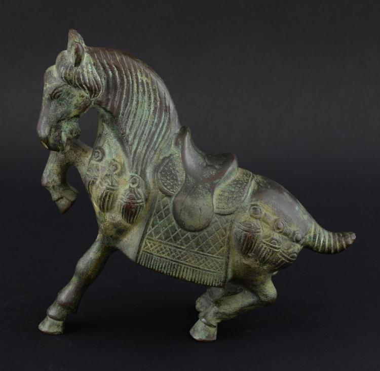 Chinese Tang style bronze horse, 20cm high,
