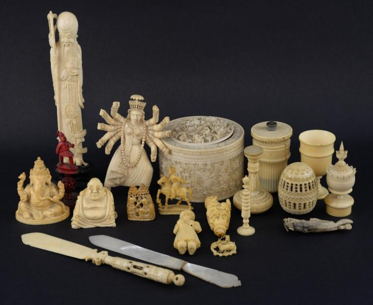 19th century Eastern carved ivory and bone items,