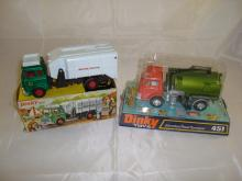 A pair of boxed Dinky vehicles to include a Refuse Wagon (978) and a Johnston Road Sweeper.(451)  Both G in F-G boxes. (2)