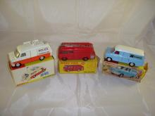 Three boxed Dinky vehicles to include a Police Accident Unit, a Fire Engine and a Kenwood Transit Van. F-G in F boxes (3)
