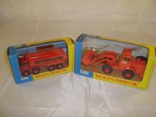 A pair of construction King-Size Matchbox vehicles to include a K-1 Dumper truck and a K-3 Digger. VG in G-VG boxes (2)