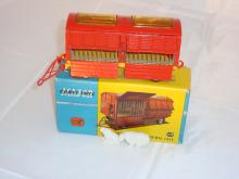 A Corgi 1123 Chipperfield's Circus animal cage G with two polar bears in G box