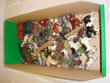A tray of diecast farm animals by Britains to include several cows and carts. F-G