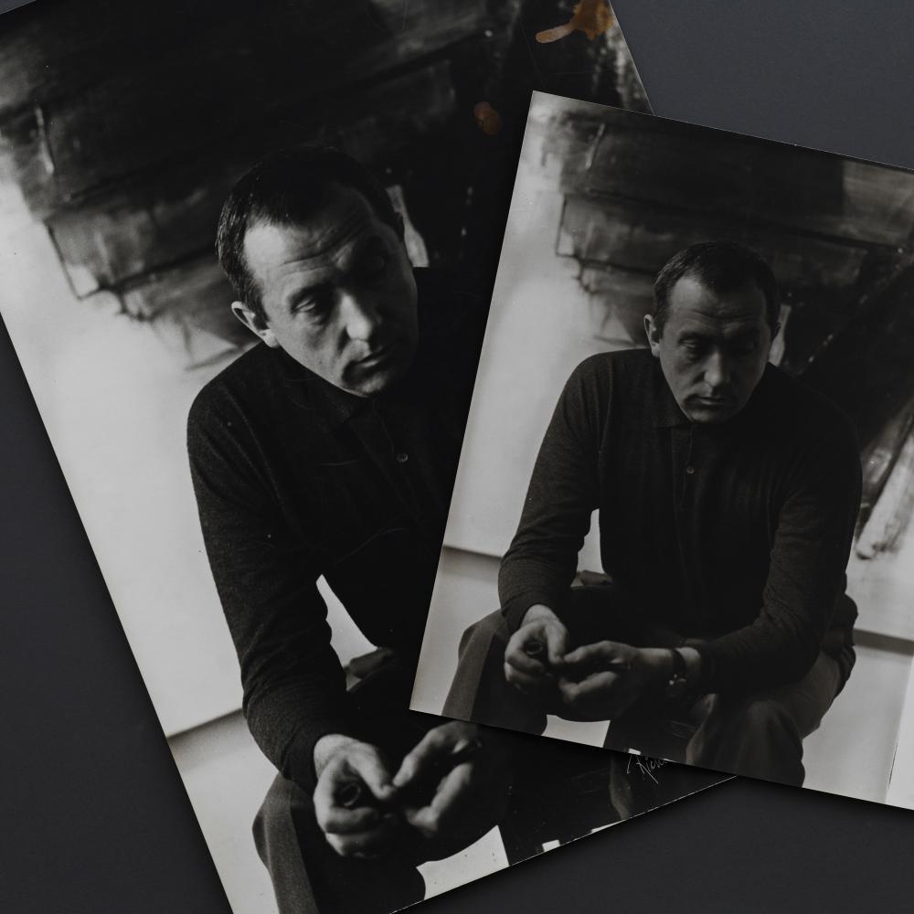 Pierre SOULAGES - Ensemble de deux tirages argeniques d'époque, par Richard de Grab l'un signé et