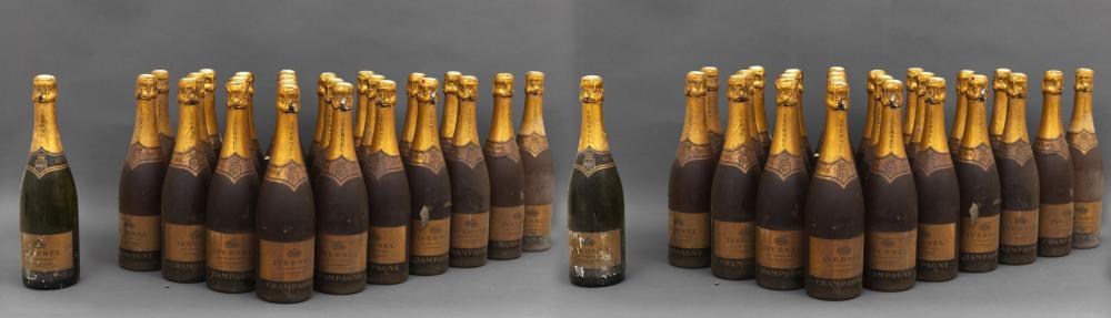 50 bouteilles comprenant 48 CHAMPAGNE IVERNET, Roséet 2 bouteilles CHAMPAGNE IVERNET, Blanc de blan