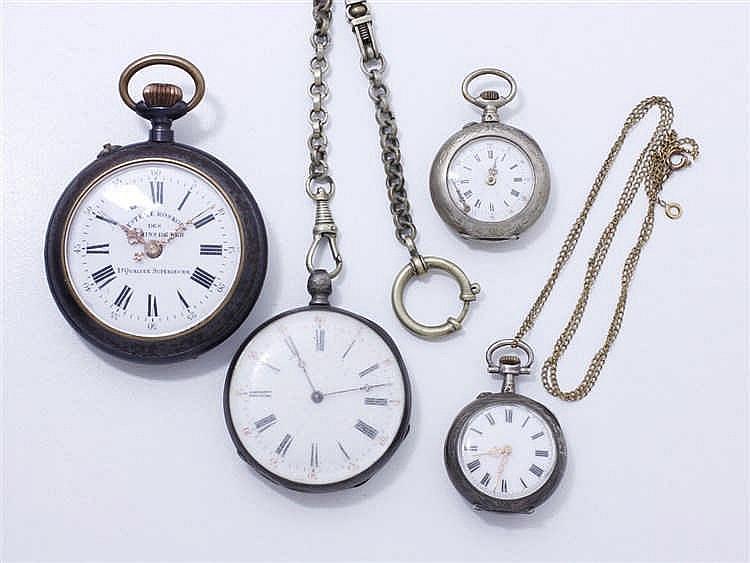 Lot en argent 800 millièmes et métal composé d'une montre de poche, 2 montr