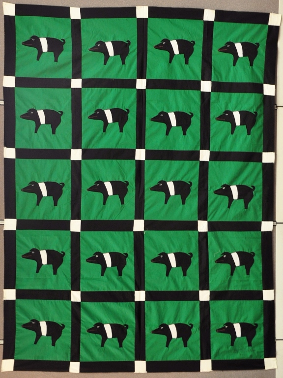 Minnie Adkins Pig Quilt-Top