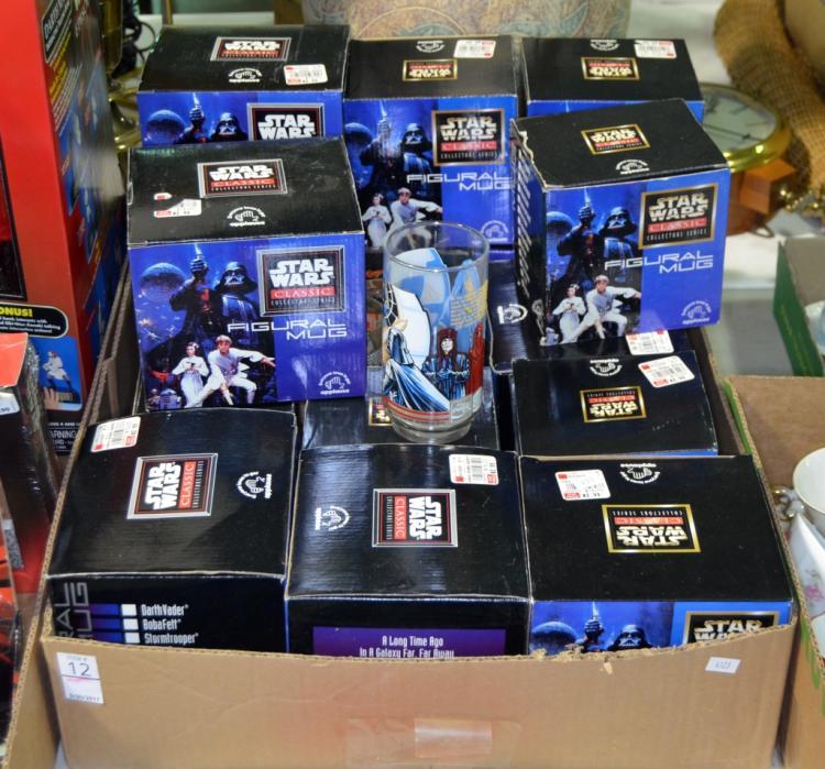 16 Figural Star Wars Mugs