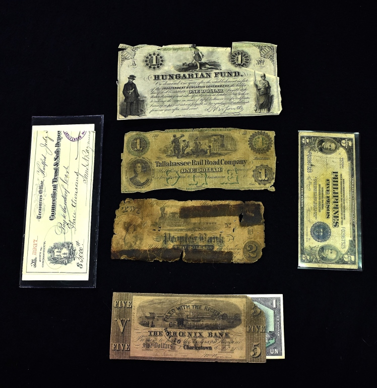 4 Pieces Obselete Currency
