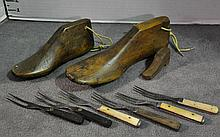 Bx Vintage Wooden Shoe Trees