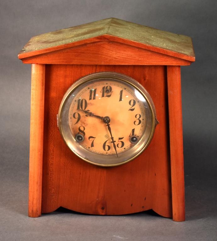 Gilbert Shelf Clock
