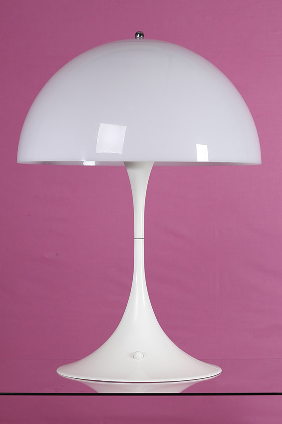 verner panton 1926 1998 lampe de table mod le panthella. Black Bedroom Furniture Sets. Home Design Ideas
