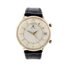 LECOULTRE - a gentleman's Memodate wrist watch. Gold filled case. Numbered