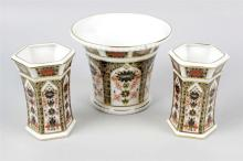 A selection of Royal Crown Derby Imari pattern porcelain. Comprising: a flared cylindrical vase of 'mortar' form