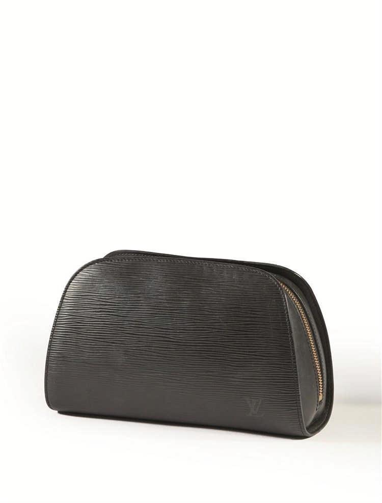 Louis vuitton trousse en cuir noir pis for Trousse couture cuir