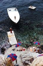 Slim Aarons - Coming Ashore
