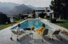 Slim Aarons (1916-2006) - Poolside Gossip, 1970