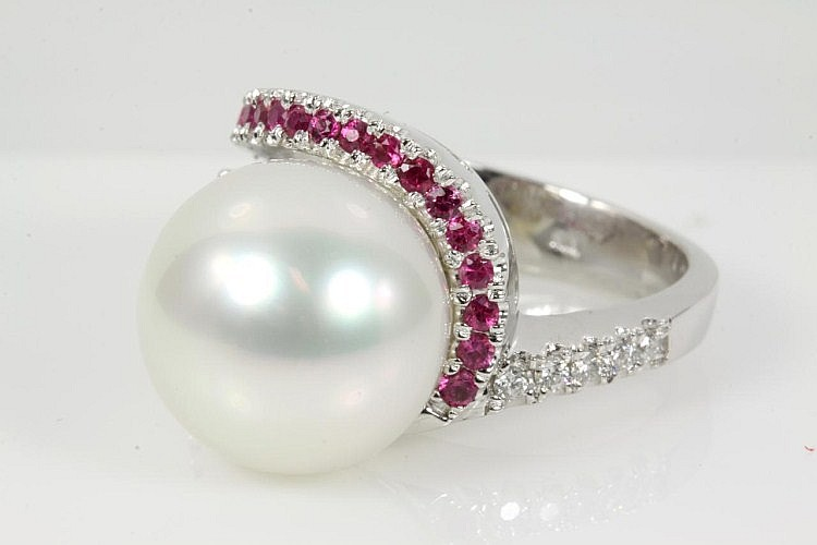South Sea Pearl, Ruby and Diamond Ring