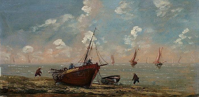 Fischerboot am Strand der bretonischen Küste
