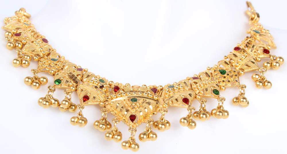 22K YELLOW GOLD ANTIQUE EMERALD & RUBY NECKLACE