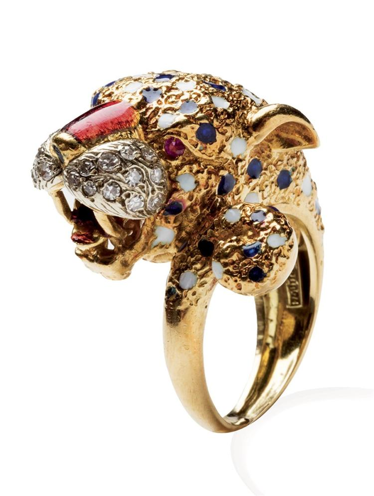 An 18ct gold and enamel ring, Frascarolo, in the form of a tiger's head