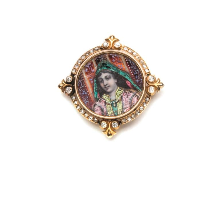 An enamel, diamond and 18ct gold pendant brooch