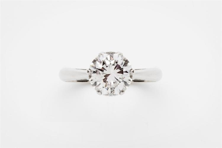A diamond 18 ct white gold ring, set with a brilliant-cut diamond weighing 3.00 carats