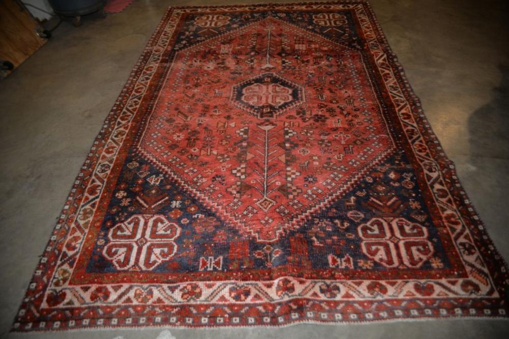 Shiraz Hand Woven Rug 6.1 x 9.3 ft