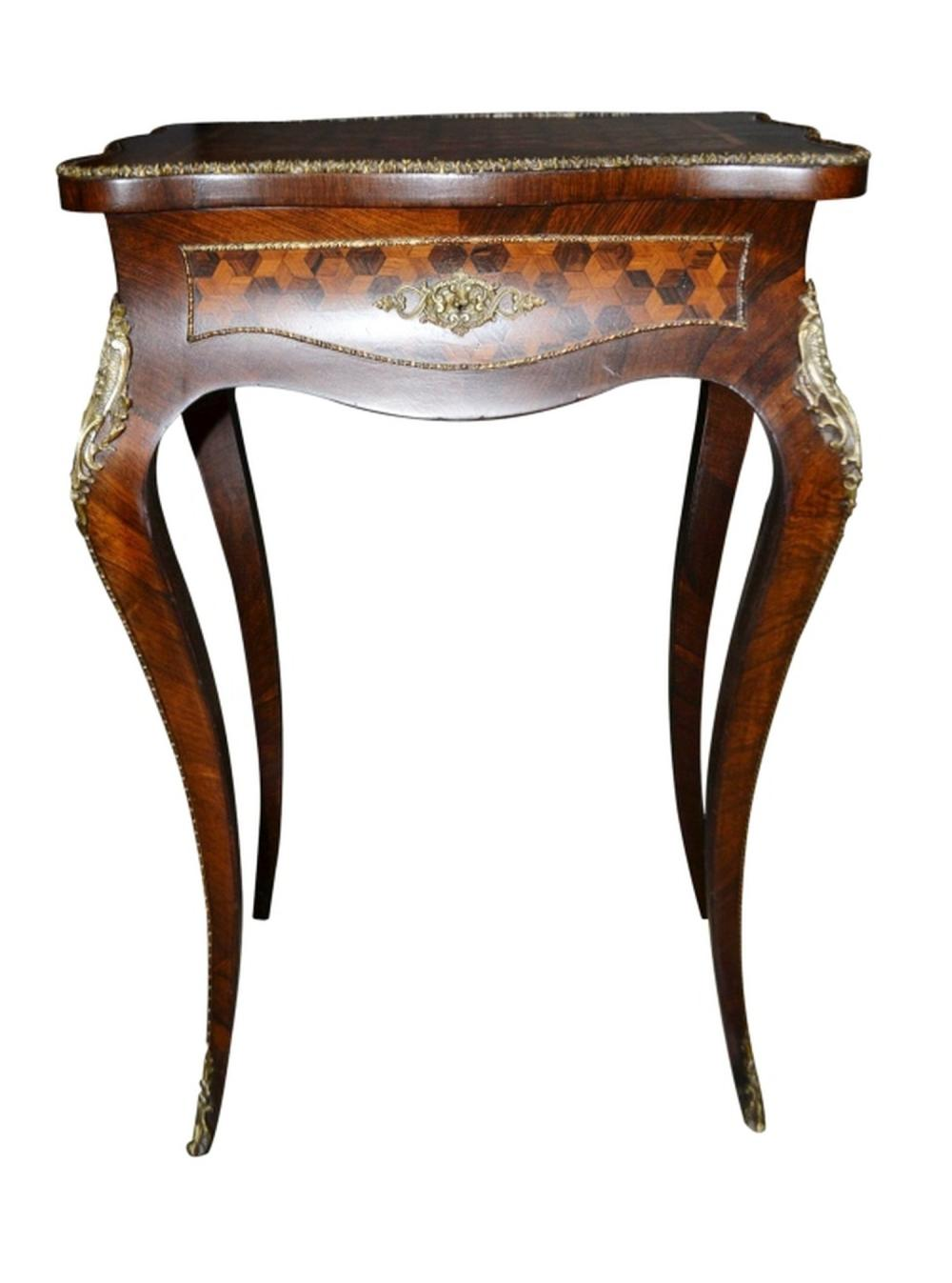 Fine French Style Dressing Table