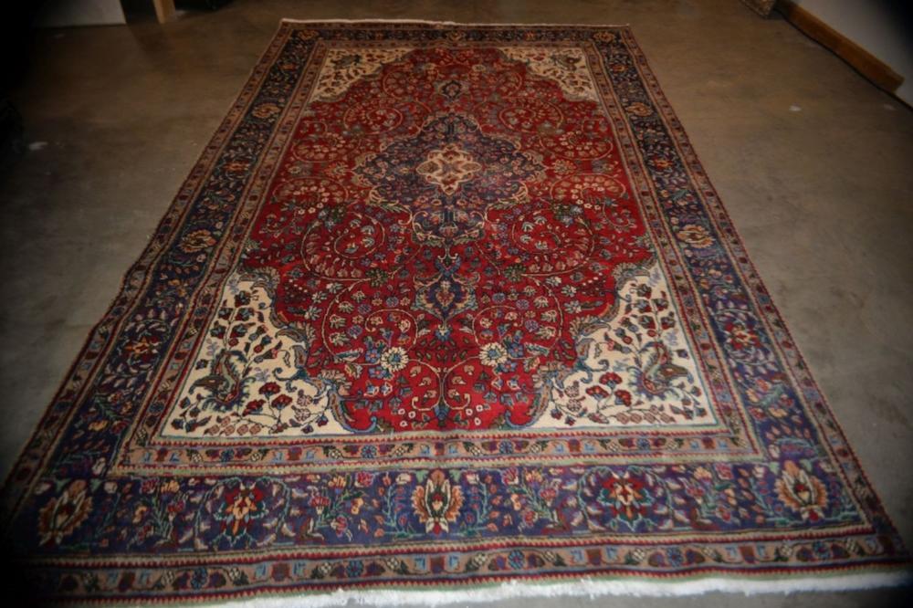 Tabriz Hand Woven Rug 6.9 x 9.10 ft